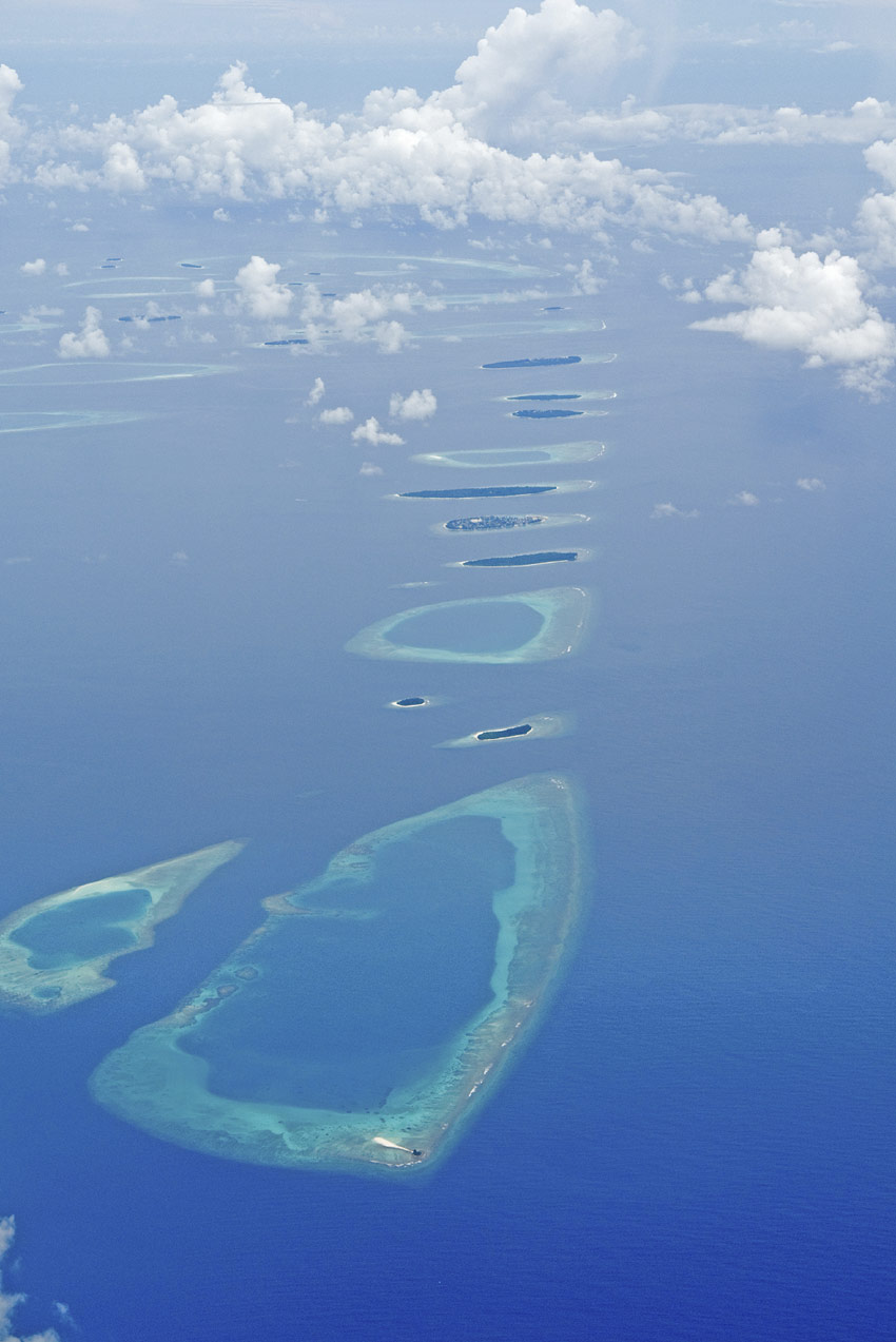 Islands Of The World Fashion Week 2012: Planning A Boating Vacation In The Maldives Archipelago?