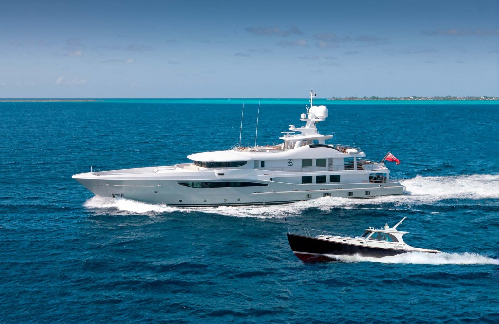 Superyacht the Belle Amiee sailing with 2 tenders