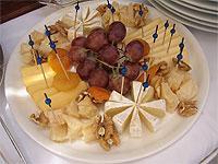 yacht-ofelia-cheeses