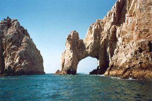 El Arco de Cabo San Lucas from the water