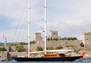 regina sailing yacht castle